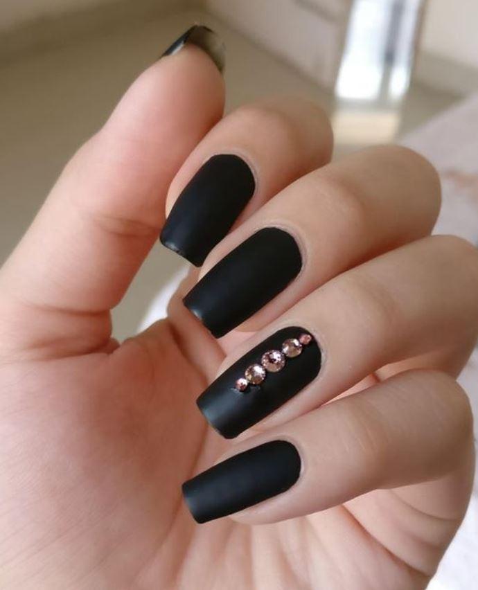 Black Nail Designs with Diamonds