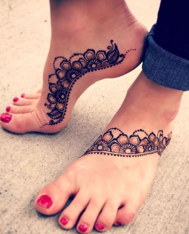 11 Easy & Simple Henna Designs For Legs